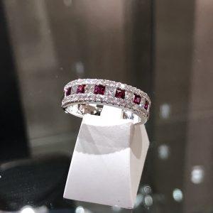 Alliance or blanc rubis et diamants